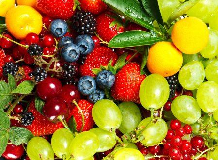 Conoscevi questo piccolo segreto sulla frutta? Per mangiarla senza sentirsi gonfi