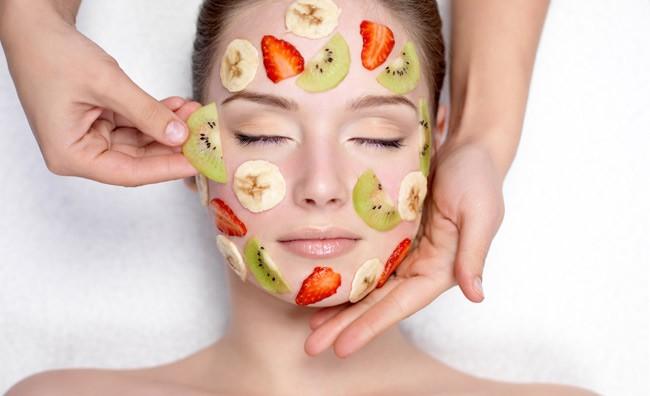 Utilizzare l' estrattore per fare maschere di bellezza